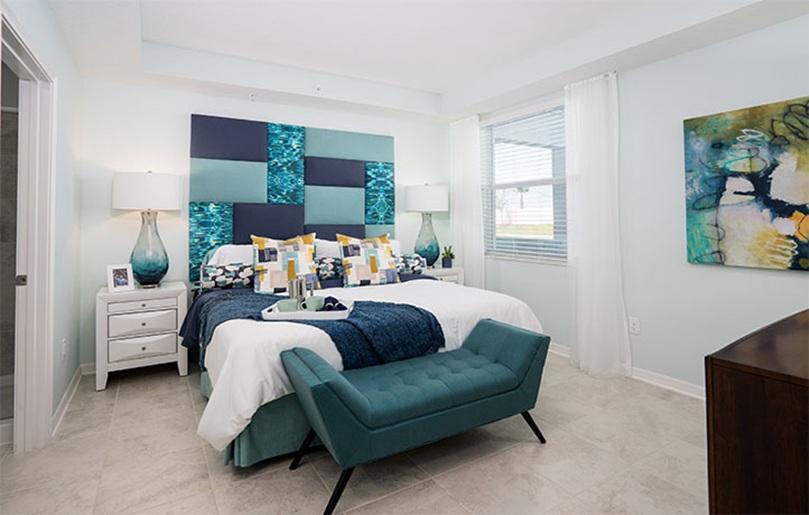 Sorrento Master Bedroom - Storey Lake, Kissimmee FL