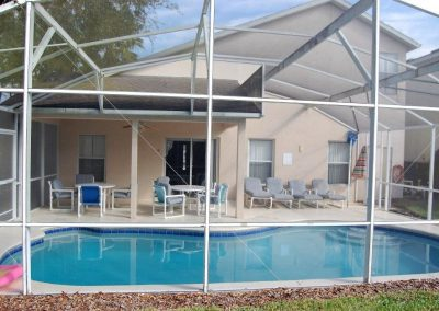 115 Castlemain Cir - Pool