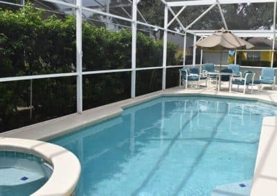 338 Holborn Lp - Pool