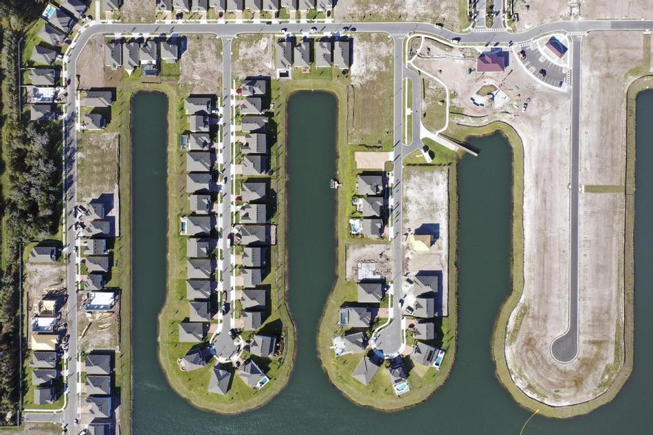 Hanover Lakes Community in St. Cloud Florida